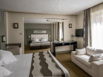 inter hotel strasbourg gare le bristol h tel strasbourg. Black Bedroom Furniture Sets. Home Design Ideas