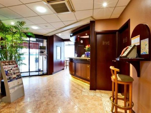 Kyriad Hotel Nevers Centre - Holiday & weekend hotel in Nevers