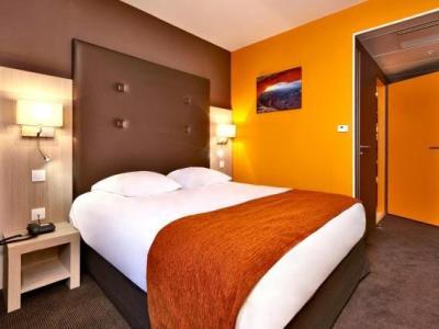 kyriad prestige dijon nord valmy h tel dijon. Black Bedroom Furniture Sets. Home Design Ideas