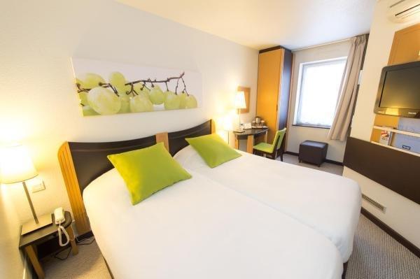 Kyriad villefranche sur saone hotel in villefranche sur for Hotels villefranche sur saone