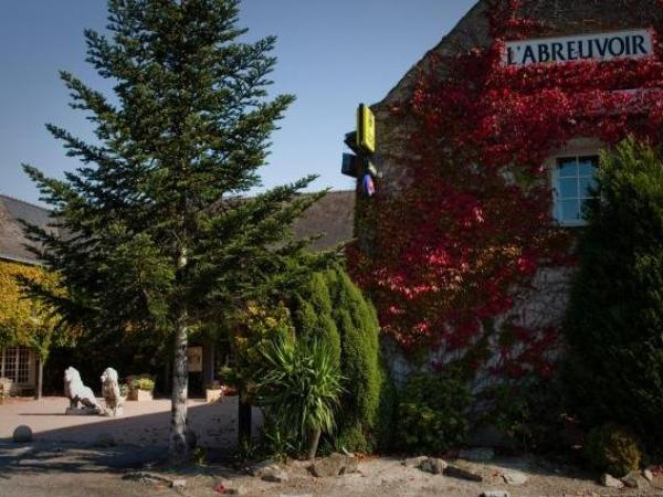Logis L'Abreuvoir - Holiday & weekend hotel in Héric