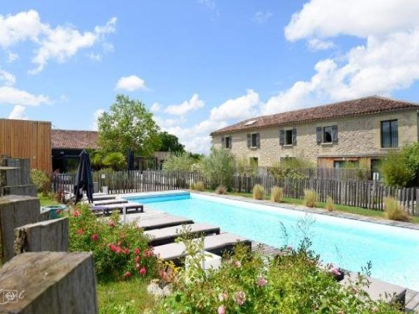 Logis Hotel Le Domaine de Baulieu - Holiday & weekend hotel in Auch