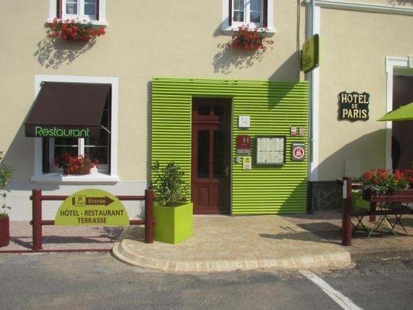 Logis Hotel De Paris - Holiday & weekend hotel in Jaligny-sur-Besbre
