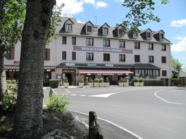 Logis Hotel Des Rochers - Hotel vakantie & weekend in Marvejols