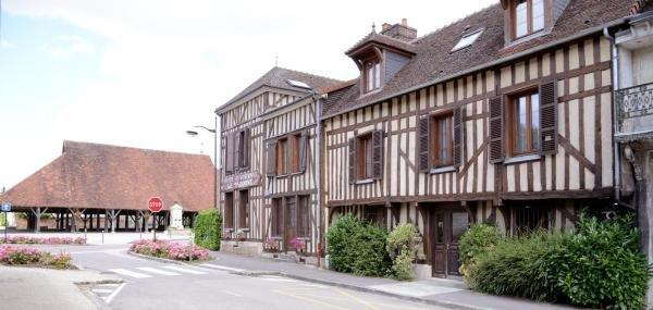 Logis Le Tadorne - Holiday & weekend hotel in Piney