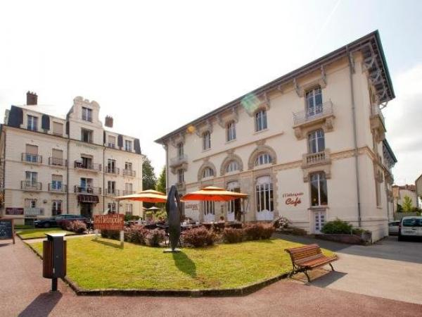 Le Metropole - Cerise Hotels & Résidences - Holiday & weekend hotel in Luxeuil-les-Bains