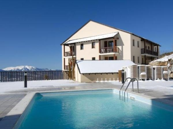 Mille Soleils - Holiday & weekend hotel in Font-Romeu-Odeillo-Via