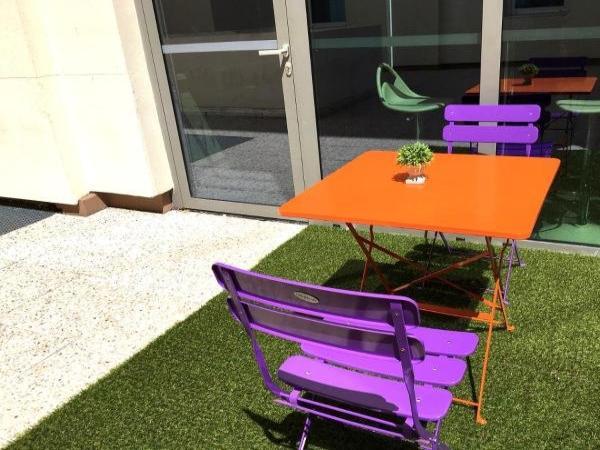 montemp apparth tel paris v lizy h tel v lizy villacoublay. Black Bedroom Furniture Sets. Home Design Ideas