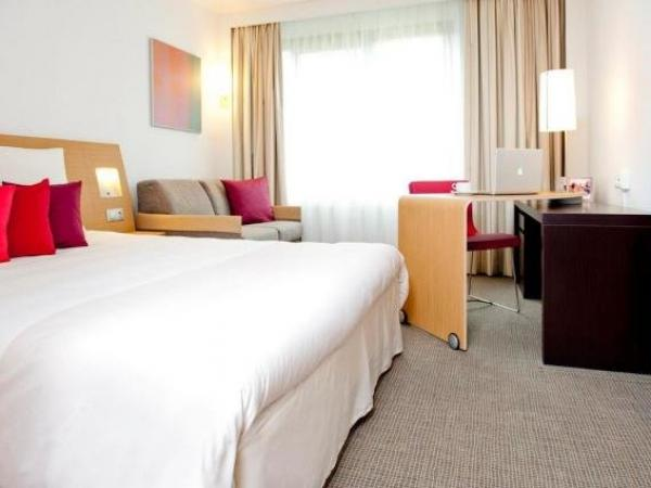 Novotel Evry Courcouronnes - Holiday & weekend hotel in Évry