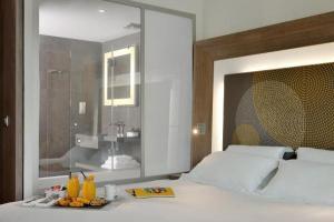 Sensational Novotel Lyon Confluence Hotel In Lyon Pabps2019 Chair Design Images Pabps2019Com