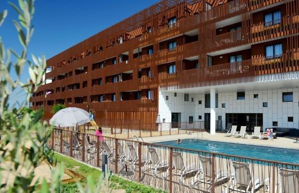 Odalys appart h tel terra gaia hotel in s te for Appart hotel en france