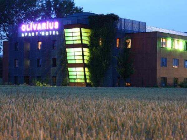 olivarius apart hotel lille villeneuve d 39 ascq hotel in villeneuve d 39 ascq. Black Bedroom Furniture Sets. Home Design Ideas