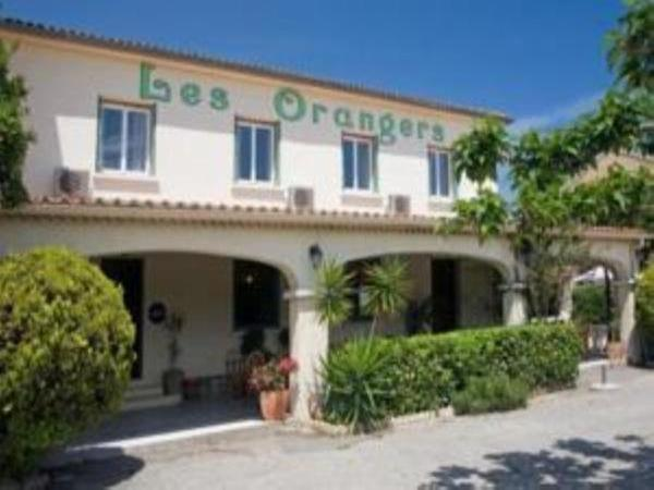 Les Orangers - Holiday & weekend hotel in Aléria