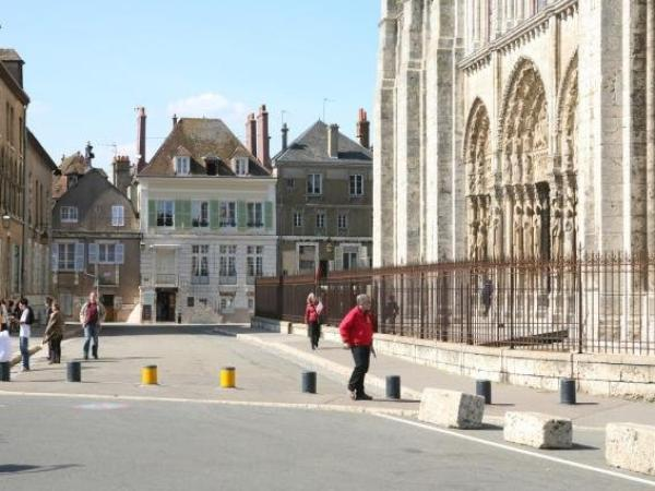 Le Parvis - Holiday & weekend hotel in Chartres
