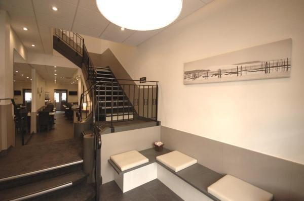 la pergola d 39 arcachon h tel arcachon. Black Bedroom Furniture Sets. Home Design Ideas