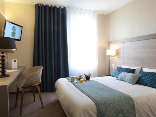 relais saint jacques h tel ch teauroux. Black Bedroom Furniture Sets. Home Design Ideas