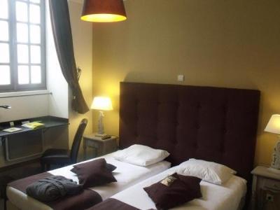 Relais saint louis logis hotel in bell me - Hotel belleme perche ...