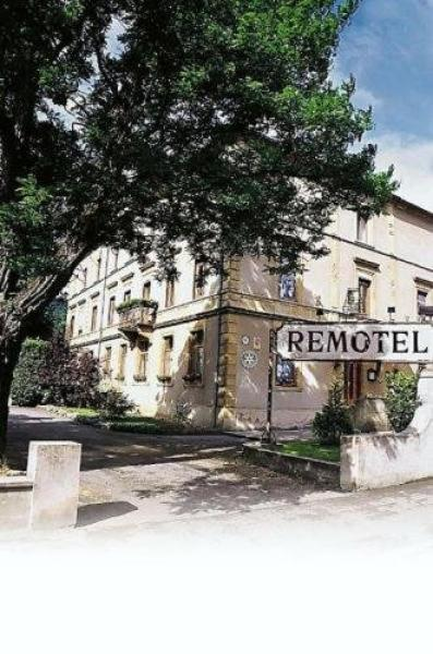 Remotel - Holiday & weekend hotel in Knutange