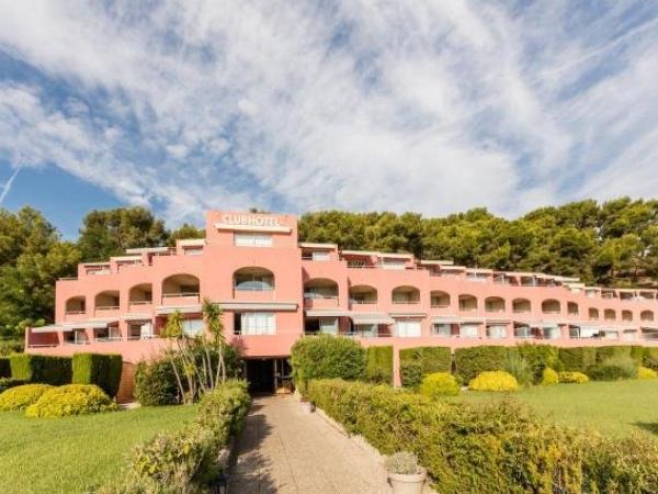 R sidence pierre vacances les jardins de la c te d 39 azur hotel in saint mandrier sur mer - La cremaillere cote mer et hotel cote jardin ...