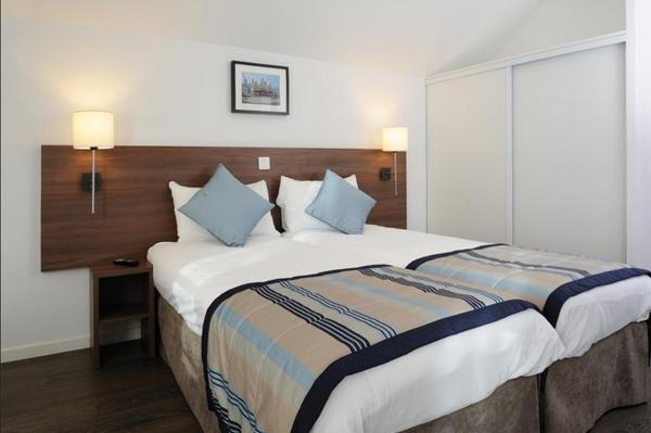 residhome roissy village h tel roissy en france. Black Bedroom Furniture Sets. Home Design Ideas