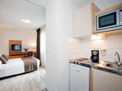 s jours affaires rouen normandie h tel sotteville l s rouen. Black Bedroom Furniture Sets. Home Design Ideas