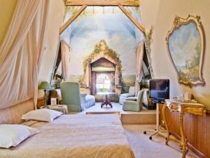 h tel de france h tel auch. Black Bedroom Furniture Sets. Home Design Ideas