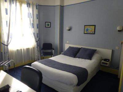 trianon h tel vichy. Black Bedroom Furniture Sets. Home Design Ideas