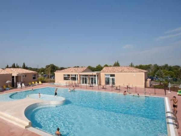 Vacanceole - Residence les Demeures du Ventoux - Holiday & weekend hotel in Aubignan