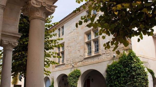 La Villa Mazarin - Hotel vacanze e weekend a Aigues-Mortes