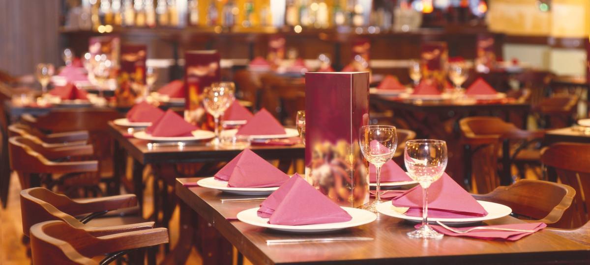 Restaurants starry night hotel for Restaurantes franceses