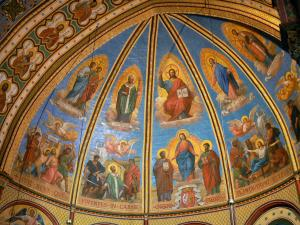 Agen - Inside Saint-Caprais cathedral: frescoes (murals)