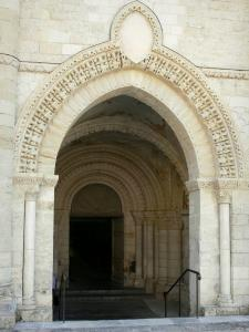 Airvault - Gate and porch of the Saint-Pierre abbey church of Romanesque style