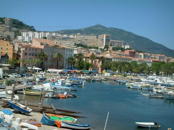 Ajaccio guide tourisme vacances for Piscine ajaccio