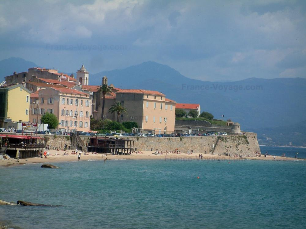Photos ajaccio guide tourisme vacances - Place de port disponible mediterranee ...
