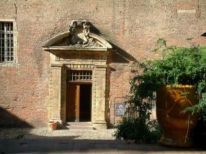 Albi - Entrance to the Toulouse-Lautrec museum (Berbie palace)