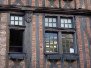 Alençon - Windows of an old half-timbered house