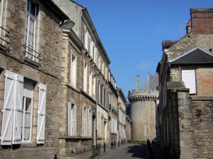 Alençon - Machicolated tower of the Château des Ducs and streets lined with houses