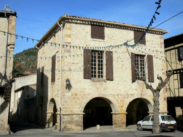 Alet-les-Bains - Tourism, holidays & weekends guide in the Aude