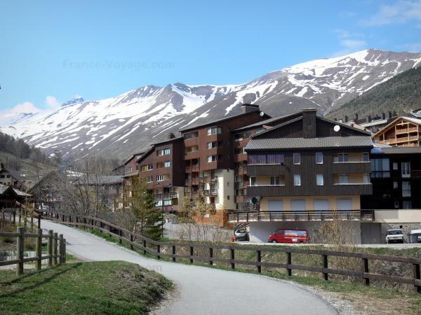 Allos valley - Tourism, holidays & weekends guide in the Alpes-de-Haute-Provence