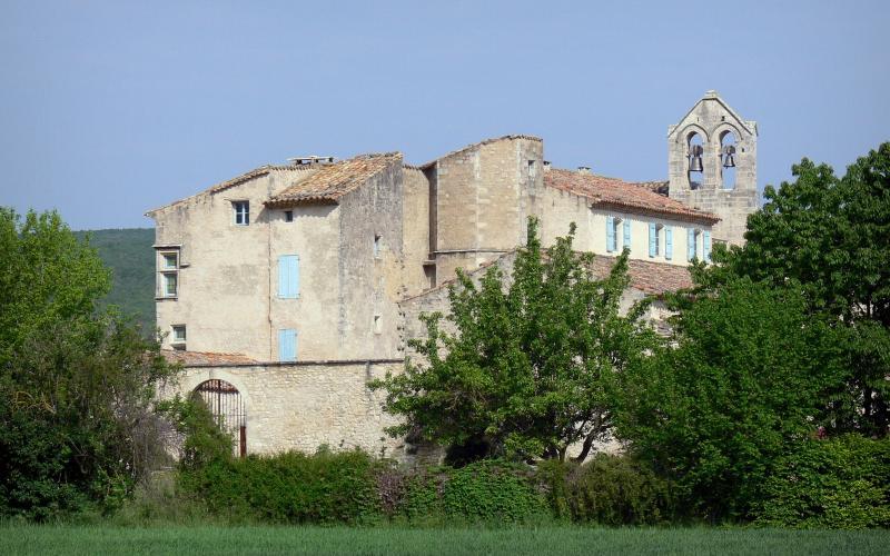 Priorij van Salagon - 3 afbeeldingen met hoge resolutie: www.france-voyage.com/frankrijk-foto-s/priorij-salagon-1648.htm