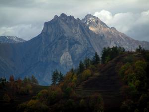 Alps landscapes in the Savoie - Trees in autumn and mountain (Grande Alpes (Alps) road)