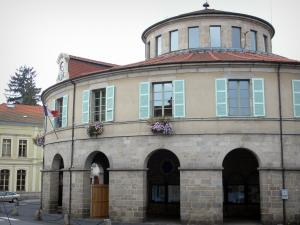 Ambert - Circular town hall (rotunda-shaped)