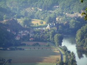 Ambialet - View of the meander of the River Tarn, peninsula, village, church and forest in the Tarn valley