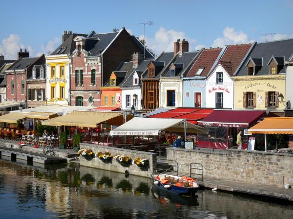Amiens - Saint-Leu district: small houses, restaurant and cafe terraces on the edge of the canal
