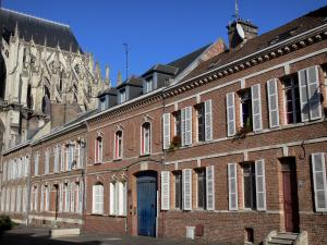 Amiens - Chevet of the Notre-Dame cathedral (Gothic style) and brick-built houses