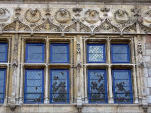 Amiens - Mullioned windows of the Bailliage house