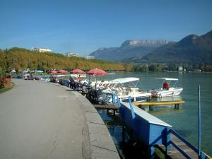 Annecy Tourism Holiday Guide