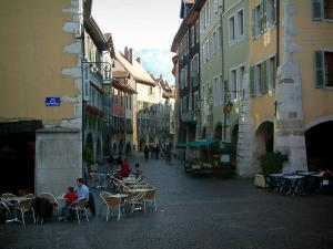 Annecy - Sainte-Claire street with its arcaded houses and its cafe terraces