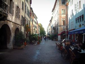 Annecy - Pâquier street with its arcaded houses and its cafe terraces
