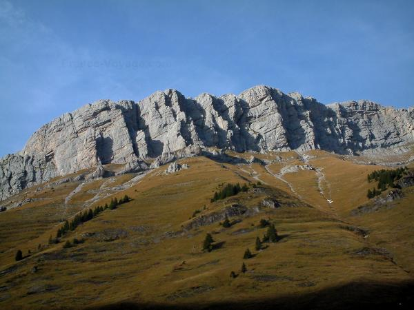 The Aravis massif - Tourism, holidays & weekends guide in the Haute-Savoie
